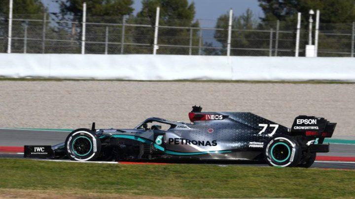 F1 | Test Barcellona Day 3: la Mercedes fa paura, Vettel si ferma in pista..