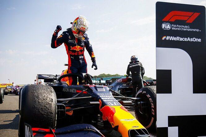 F1 | Le pagelle del Gran Premio del 70° Anniversario della F1: Verstappen magistrale, Mercedes sottotono.