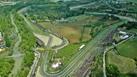 Come si affronta un giro sul circuito di Imola?