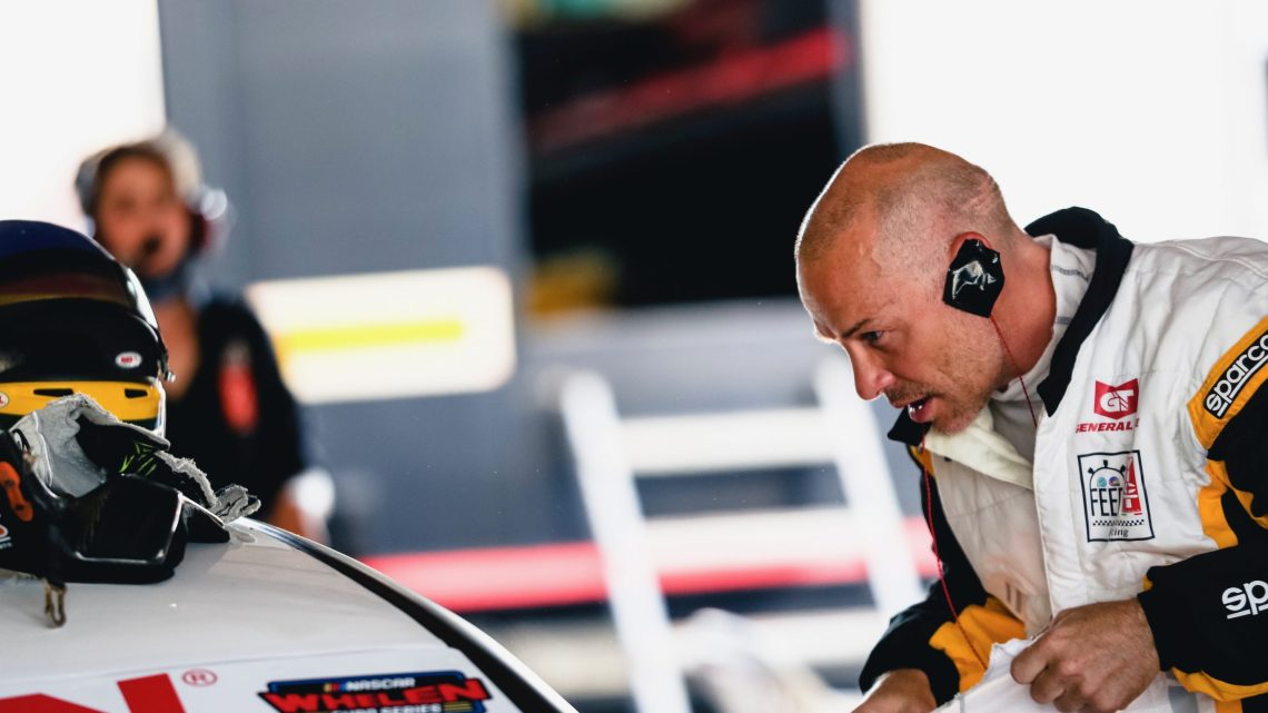 """Jacques Villeneuve: """"Verstappen meriterebbe qualche punto di vantaggio in più."""""""