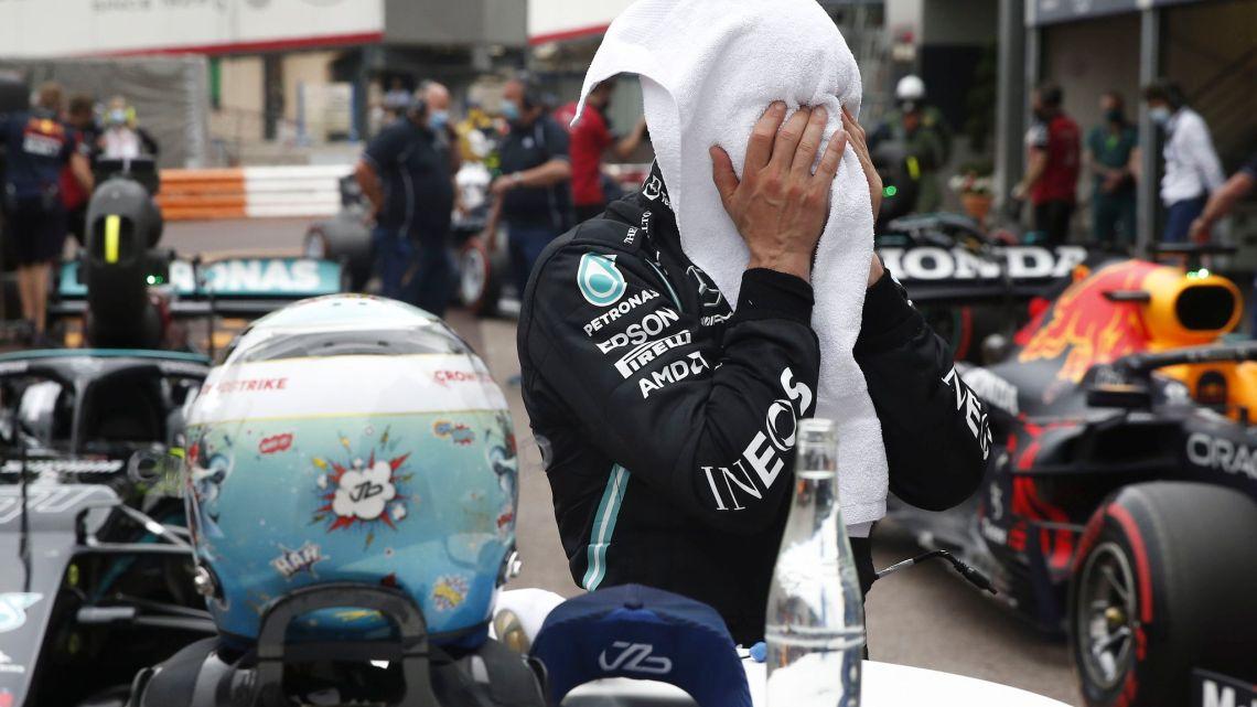 Come si spiega la differenza tra Hamilton e Bottas a Baku?