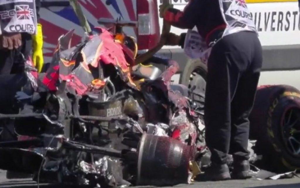 Danni alla Red Bull di Verstappen: Marko dice 750.000 euro. Dubbi sul motore