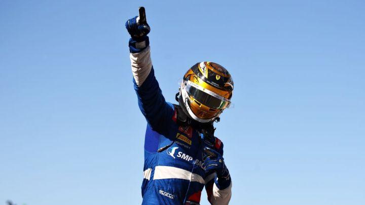 F2   Gran Premio di Gran Bretagna: Shwartzman vince, Piastri leader.