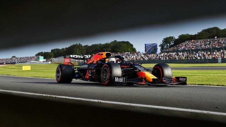 F1 – GP di Gran Bretagna: Verstappen vince la gara sprint e ottiene la pole