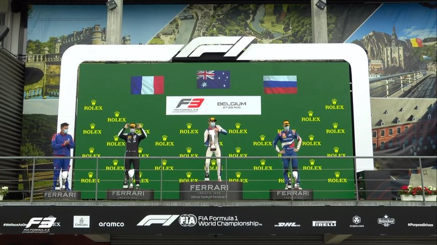 F3   Gp Belgio – A Doohan la Feature Race bagnata