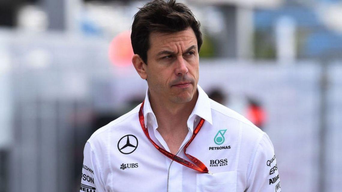 """Wolff torna a parlare del GP d'Italia: """"Fallo tecnico da parte di Verstappen"""""""