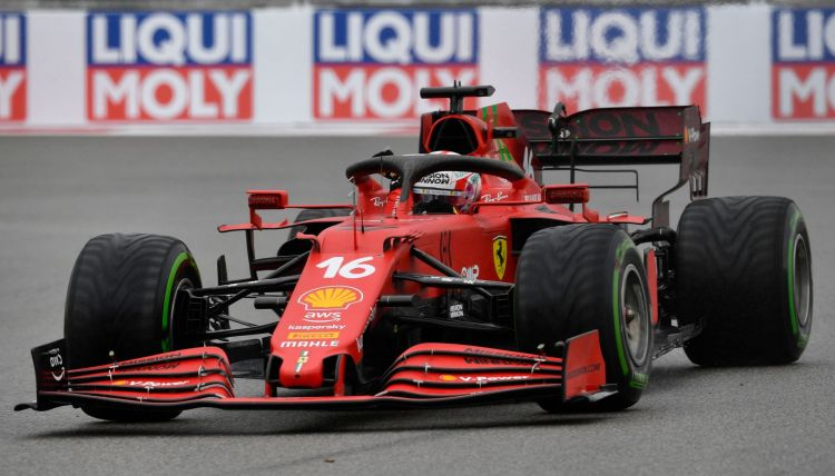 Charles Leclerc in quel di Russia con la nuova PU Ferrari