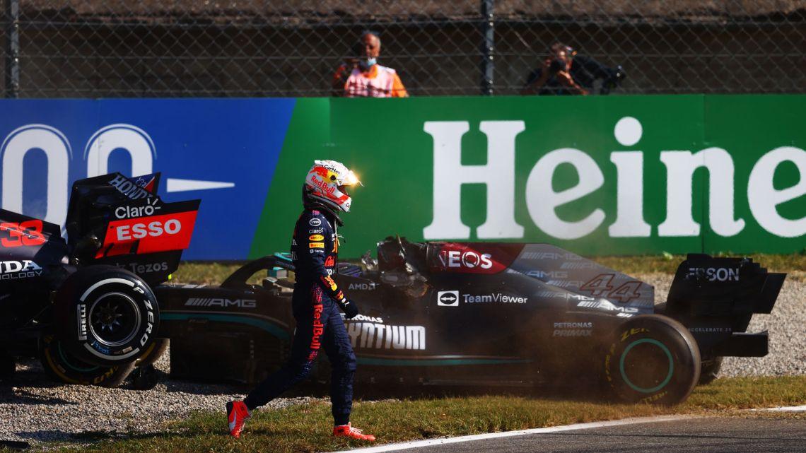 """Andrew Shovlin (Mercedes): """"Red Bull sa che è colpa di Max."""""""