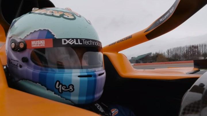 Ricciardo al settimo cielo: ad Austin guiderà la vettura di Dale Earnhardt