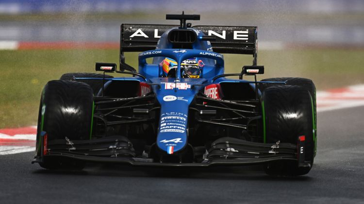 Fernando Alonso alla guida della prorpia Alpine