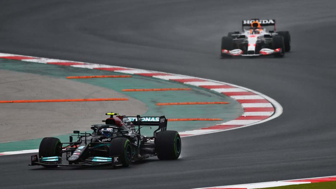 Potenza di Mercedes o crisi Red Bull?