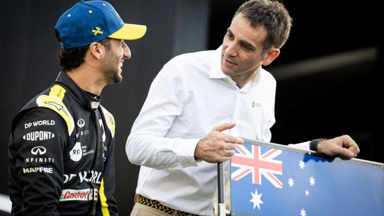 Il piano originale prevedeva che il tatuaggio fosse fatto lo scorso inverno, ma la situazione si è complicata quando Ricciardo è passato