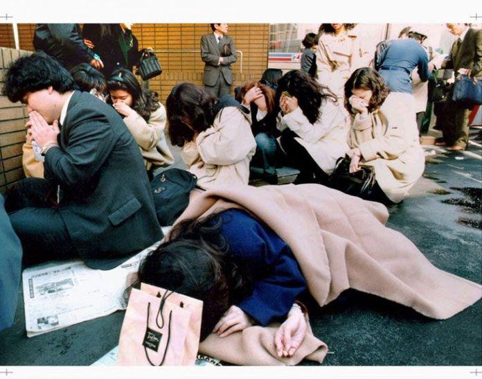 images blessees - Cela fait 24 ans que le Japon a été victime d'une attaque au gaz sarin en plein métro de Tokyo : retour sur les événements