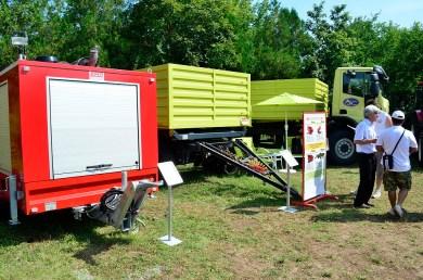 Ремарке – помпена станция за борба с бедствия и аварии при наводнения | Ремарке – зърновоз 18 тона с обем 15 м3 | Автомобилна надстройка – зърновоз с обем 15 м3