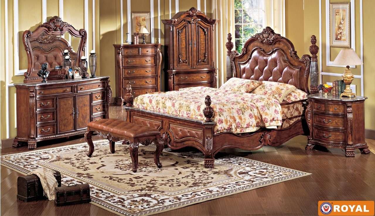 Rich Cherry Finish Leather Upholstered Elegant Bed W/Options