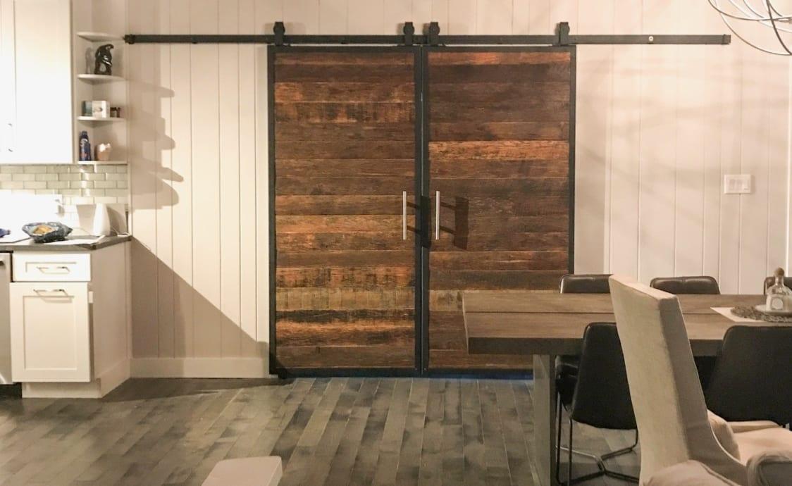 farmhouse furniture reclaimed wood