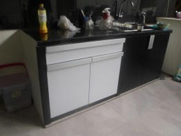 kitchen set 2 warna monokrom hitam putih furniture semarang (5)