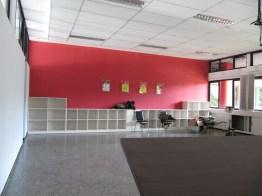interior ruang kelas standar internasional (10)