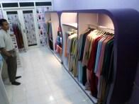 produksi-etalase-pakaian-hijab-gamis-di-semarang-10