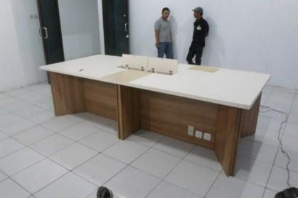 produksi-meja-rapat-plus-koneksi-listrik-lan-8