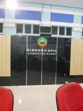 sekat-partisi-background-kantor-pemerintahan-10