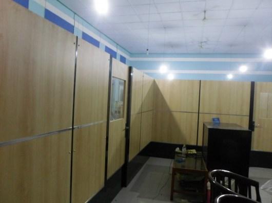 sekat-partisi-background-kantor-pemerintahan-12