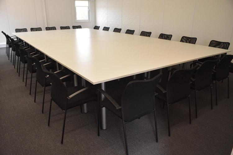 Royal-albert-dock-multiplex-premier-modular-construction-furniture-1 (10)