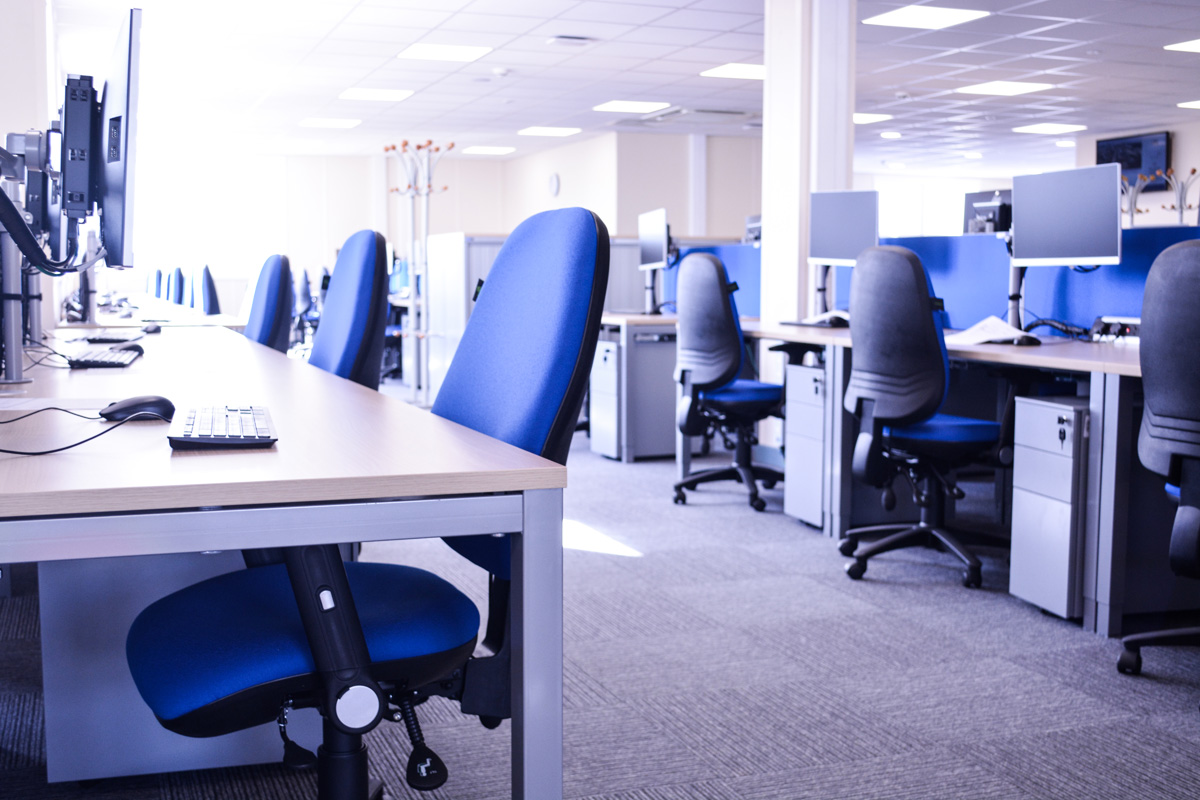 desks-workstations-hpc-nuclear-construction-edf-offices-site-accommodation-contractor