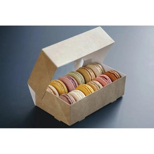 Boîte pâtissière à fenêtre prévue pour une douzaine de macarons 150x90x45 mm