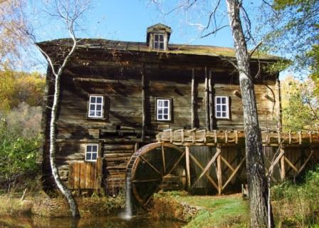 Мельница в селе Лох. http://www.business-vector.info