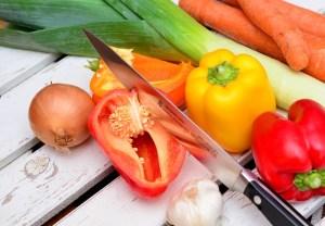 刃物と野菜