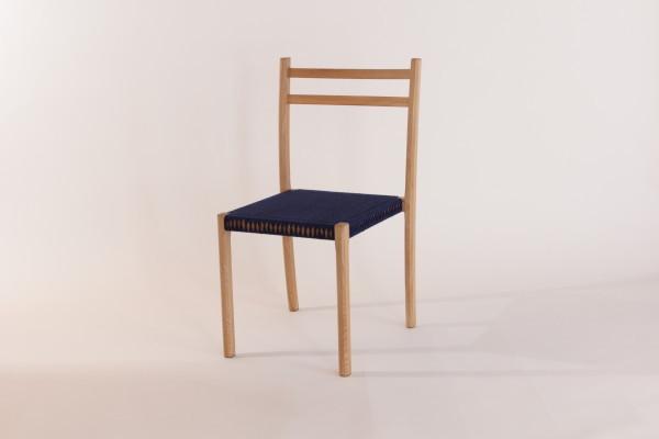 日本刀 椅子