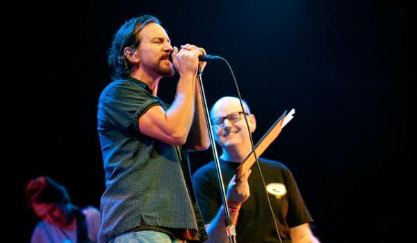 UPDATED: Pearl Jam frontman Eddie Vedder wants eddievedder.com