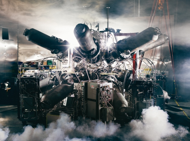 plasma piston reactor
