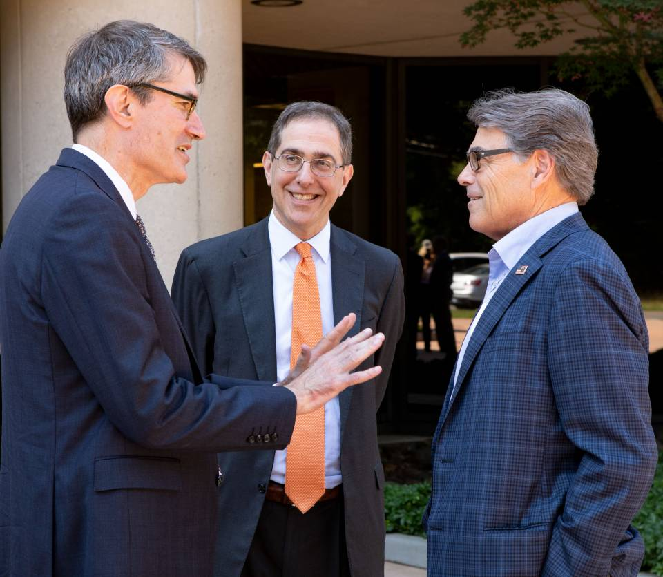 Secretary of Energy Perry says PPPL research has potential to 'change the world'