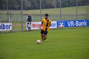 1439241294-fussball-a-klasse-kreisklasse-relegation-aufstieg-schwindegg-mehring-qva6
