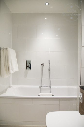 Amba Hotel Charing Cross bathroom