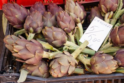Artichokes for sale in Tuscany