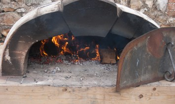 River Cottage HQ pizza oven