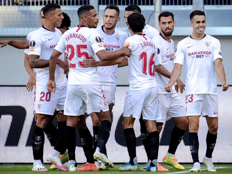 Sevilla made light work of AS Roma when first half goals from Sergio Reguilon and Youssef En-Nesyri gave them a 2-0 win over AS Roma and sent them into the Europa League quarter-finals on Thursday. Sevilla's win, in a tie reduced to a single match played in Germany, after the first leg was called off […]