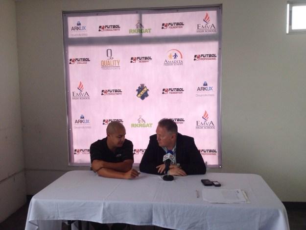 CConferencia de prensa por parte de Futbol Consultants y  Patrick Mörk, agente de Celso Borges. Fotografía:  Josué Montero, cortesía de Futbol Consultants.