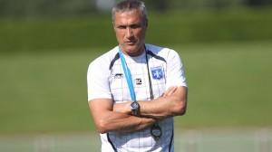 Bernard Casoni, el entrenador de este desastroso AJ Auxerre