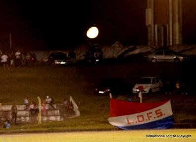 La luna también se hizo presente en el Koster