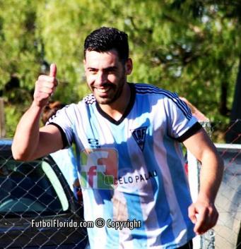 Larroca metió 5 goles contra Tabaré