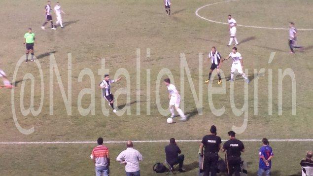 Rio Negro derrotó en el clásico a Central 2 a 1