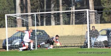 Nada pudo hacer Cabrera. River perdió antes de jugar. Foto Rodrigo Castro