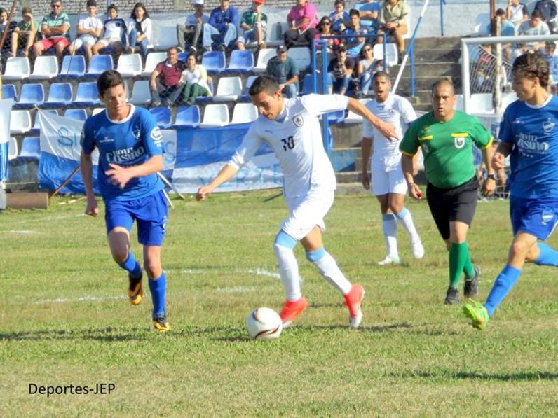 Juan M Sanabria en acción. foto José E Paz