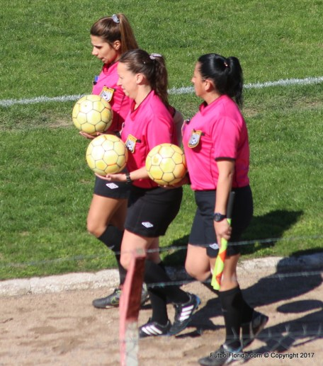 Claudia Mora con Jennifer Mogordoy y Mariela Sanchez
