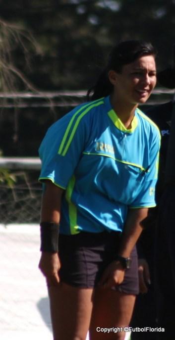 Paola Sastre continúa siendo la colegiada que más veces ha sido llamada a dirigir en el fútbol floridense durante el corriente 2018.