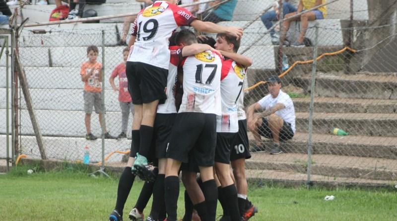 Salto goleó y está en semifinales de la Copa Nacional en Sub 17